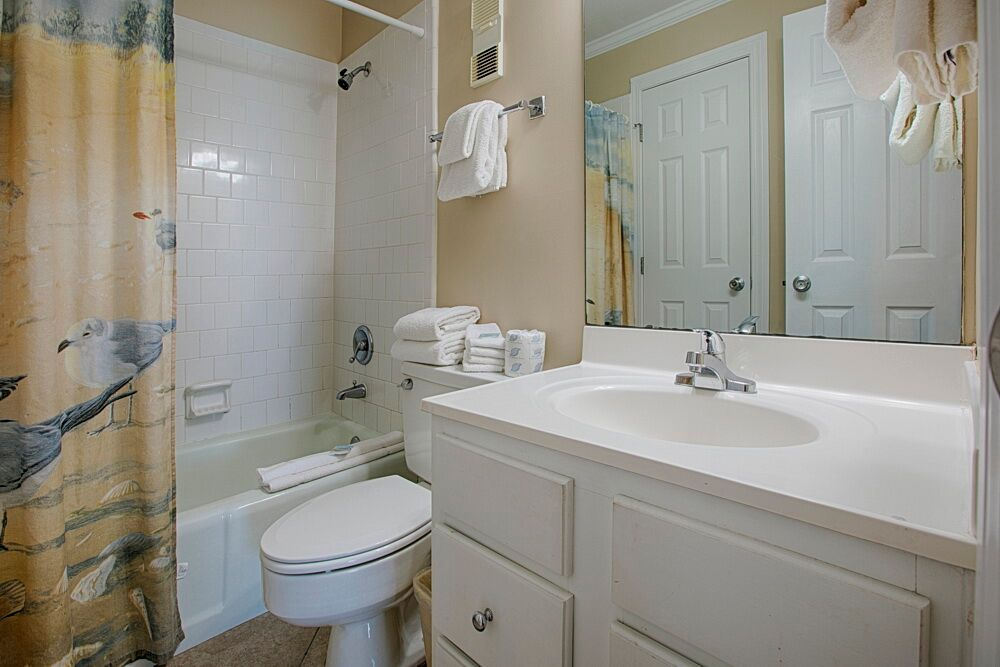 Holiday Surf & Racquet Club 523 Condo rental in Holiday Surf & Racquet Club in Destin Florida - #12