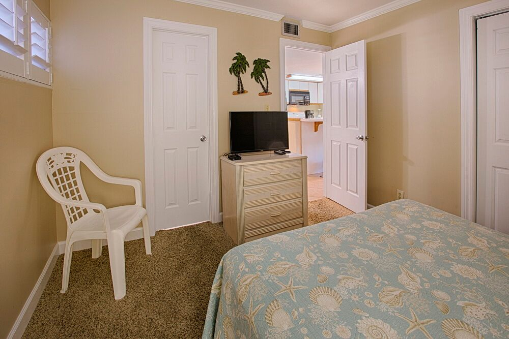 Holiday Surf & Racquet Club 523 Condo rental in Holiday Surf & Racquet Club in Destin Florida - #13