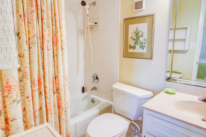 Holiday Surf & Racquet Club 605 Condo rental in Holiday Surf & Racquet Club in Destin Florida - #14