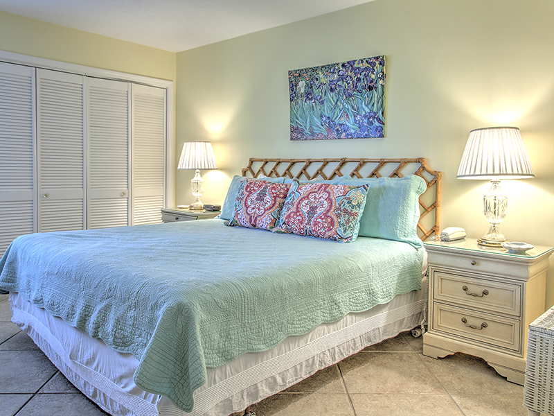 Holiday Surf & Racquet Club 702 Condo rental in Holiday Surf & Racquet Club in Destin Florida - #8