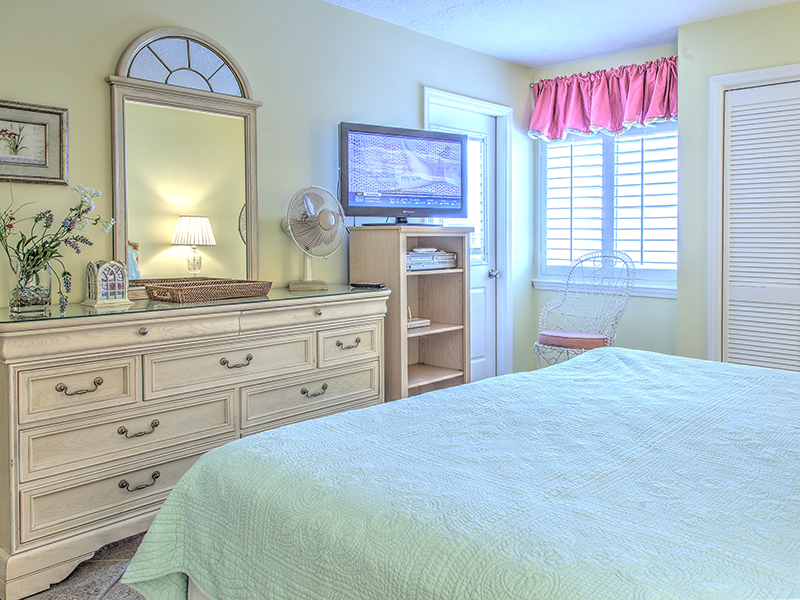 Holiday Surf & Racquet Club 702 Condo rental in Holiday Surf & Racquet Club in Destin Florida - #10