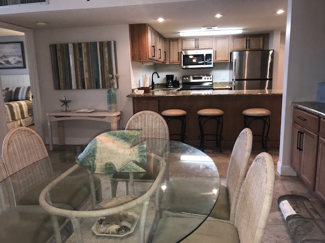Holiday Surf & Racquet Club 715 Condo rental in Holiday Surf & Racquet Club in Destin Florida - #2