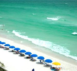 Soft sandy white beach at Inlet Reef Club Condominiums in Destin Florida