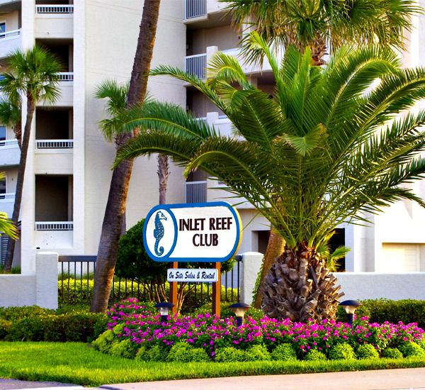 Building signage from the street at Inlet Reef Club Condominiums in Destin Florida