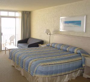 King or Queen beds at the Inn on Destin Harbor  in Destin Florida