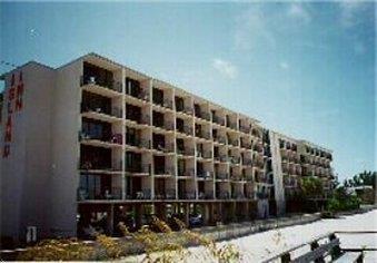 Island Inn Beach Resort in Treasure Island FL 74