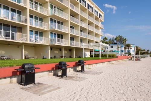 Island Inn Beach Resort in Treasure Island FL 02