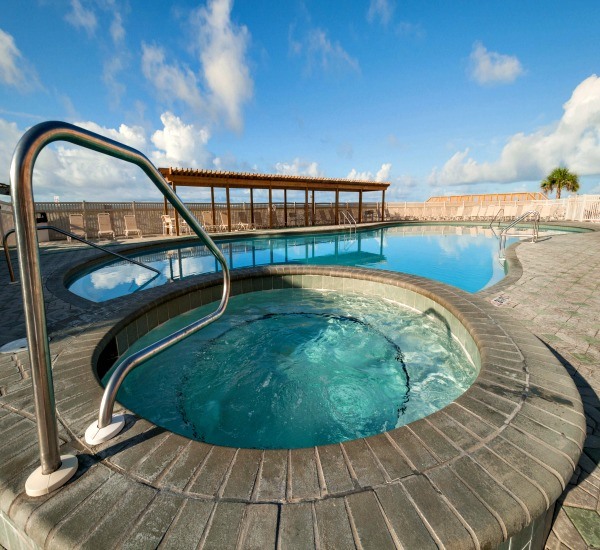 Hot tub and beachfront pool at Jetty East Condos in Destin Florida