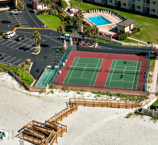 Tennis courts at Jetty East in Destin Florida