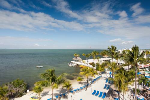Key Largo Bay Marriott Beach Resort - https://www.beachguide.com/key-largo-vacation-rentals-key-largo-bay-marriott-beach-resort--1748-0-20168-5121.jpg?width=185&height=185