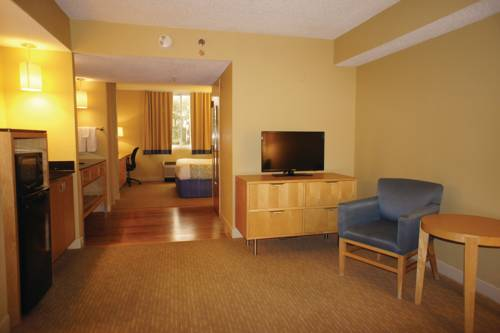 La Quinta Inn & Suites Sarasota in Sarasota FL 94