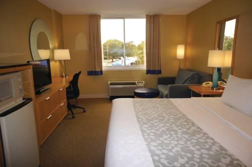 La Quinta Inn & Suites Sarasota in Sarasota FL 89