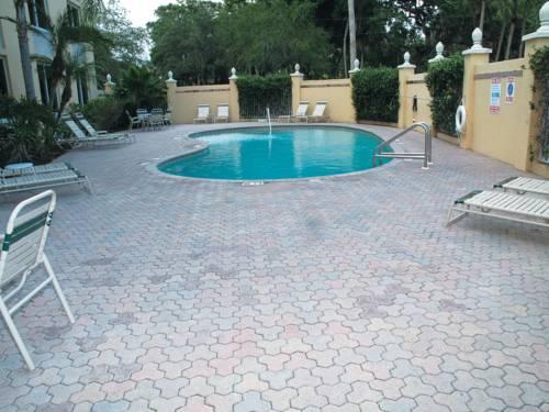 La Quinta Inn & Suites Sarasota in Sarasota FL 93