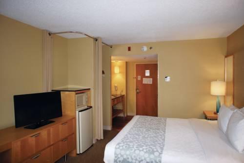 La Quinta Inn & Suites Sarasota in Sarasota FL 67