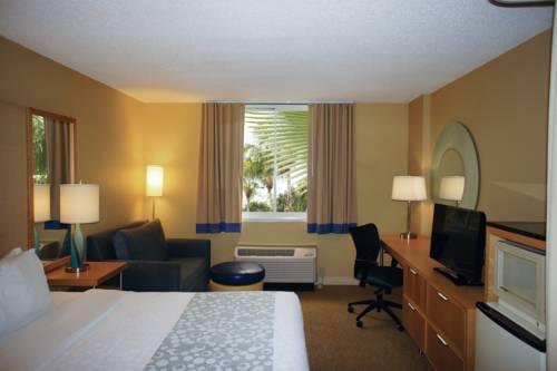 La Quinta Inn & Suites Sarasota in Sarasota FL 68