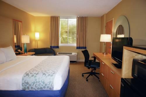 La Quinta Inn & Suites Sarasota in Sarasota FL 70