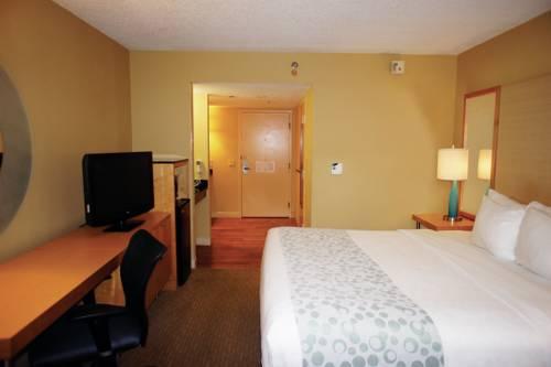 La Quinta Inn & Suites Sarasota in Sarasota FL 71