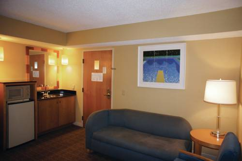 La Quinta Inn & Suites Sarasota in Sarasota FL 79