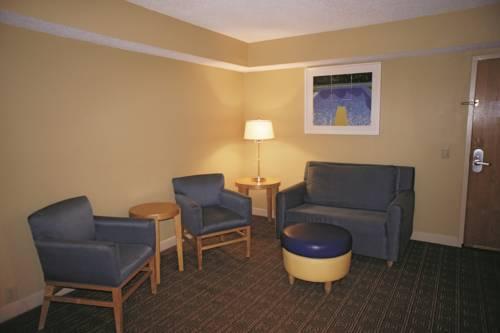 La Quinta Inn & Suites Sarasota in Sarasota FL 33