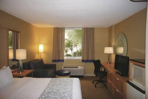 La Quinta Inn & Suites Sarasota in Sarasota FL 36
