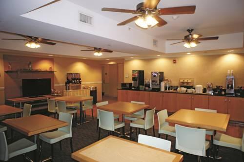 La Quinta Inn & Suites Sarasota in Sarasota FL 38