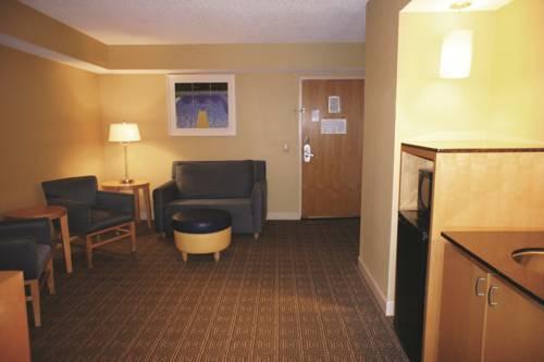 La Quinta Inn & Suites Sarasota in Sarasota FL 42