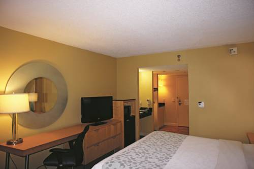 La Quinta Inn & Suites Sarasota in Sarasota FL 44