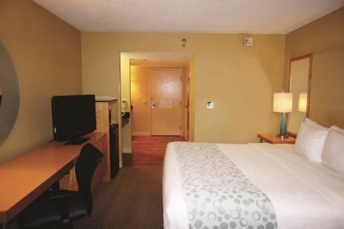 La Quinta Inn & Suites Sarasota in Sarasota FL 29
