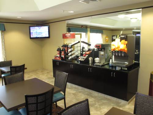 La Quinta Inn And Suites Panama City Beach in Panama City Beach FL 15