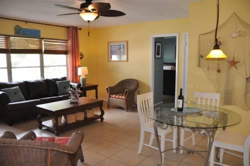 Lido Islander Inn and Suites - Sarasota in Sarasota FL 69