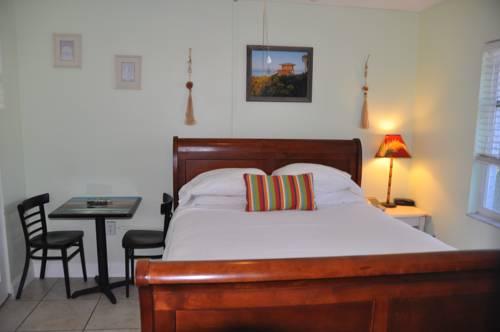 Lido Islander Inn and Suites - Sarasota in Sarasota FL 87