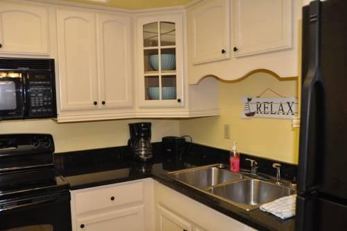 Lido Islander Inn and Suites - Sarasota in Sarasota FL 89