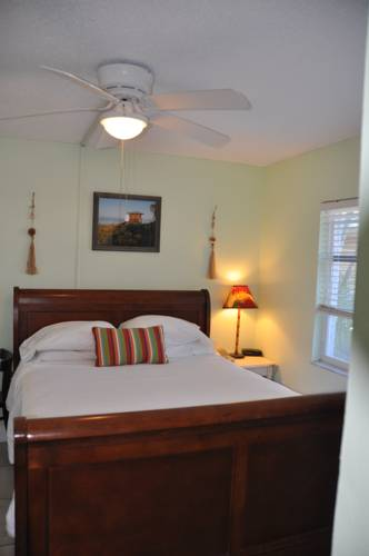 Lido Islander Inn and Suites - Sarasota in Sarasota FL 94