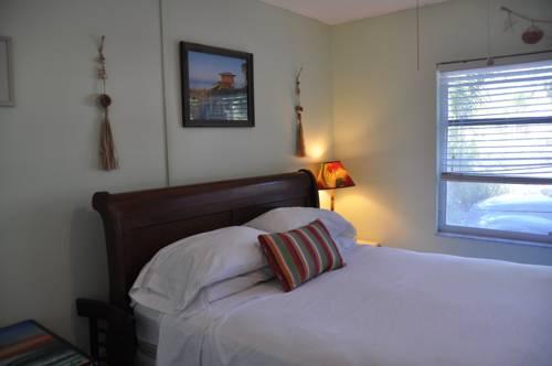 Lido Islander Inn and Suites - Sarasota in Sarasota FL 95