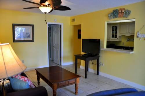 Lido Islander Inn and Suites - Sarasota in Sarasota FL 07
