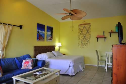 Lido Islander Inn and Suites - Sarasota in Sarasota FL 08