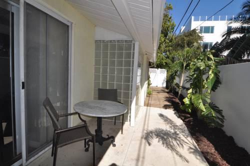 Lido Islander Inn and Suites - Sarasota in Sarasota FL 18