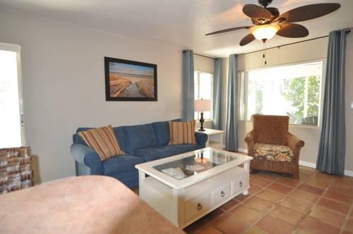 Lido Islander Inn And Suites - Sarasota in Sarasota FL 73