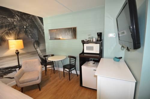 Lido Islander Inn And Suites - Sarasota in Sarasota FL 76