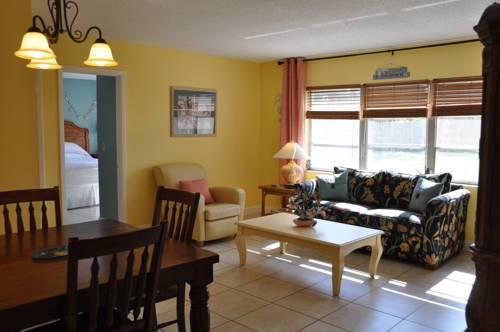 Lido Islander Inn And Suites - Sarasota in Sarasota FL 33