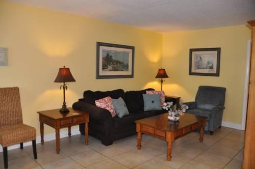 Lido Islander Inn And Suites - Sarasota in Sarasota FL 34