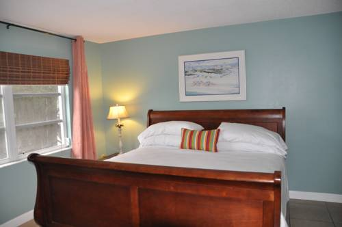 Lido Islander Inn And Suites - Sarasota in Sarasota FL 43