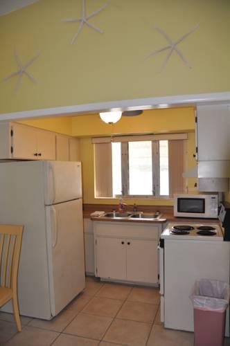 Lido Islander Inn And Suites - Sarasota in Sarasota FL 48