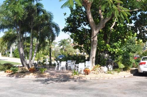 Lido Islander Inn And Suites - Sarasota in Sarasota FL 49
