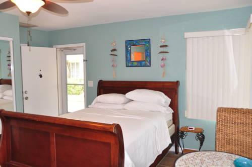 Lido Islander Inn And Suites - Sarasota in Sarasota FL 52