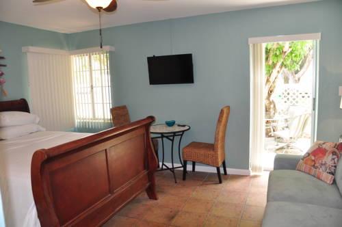 Lido Islander Inn And Suites - Sarasota in Sarasota FL 57
