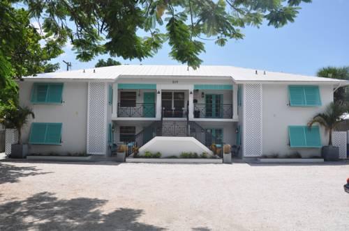 Lido Islander Inn And Suites - Sarasota in Sarasota FL 62