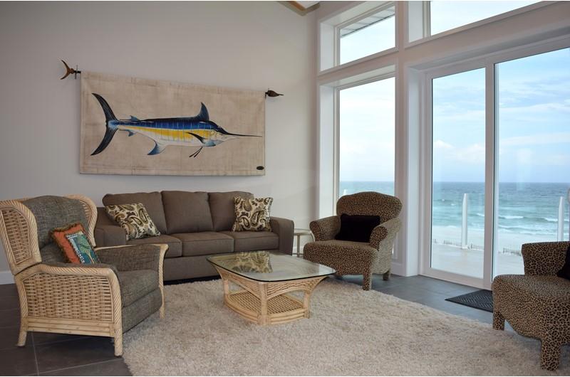 Luxurious spacious beachfront vacation home in Pensacola Beach