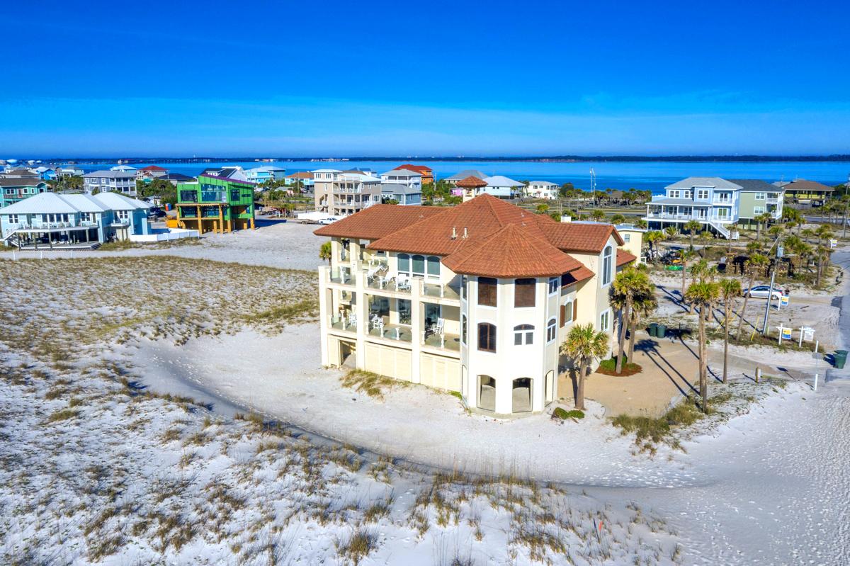 Avenida 14 - 500 House/Cottage rental in Luxury Homes in Pensacola Beach Florida - #73