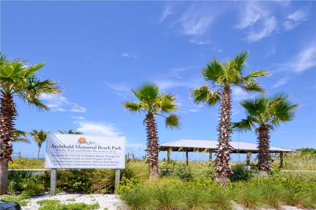 Madeira Beach Yacht Club 275A, 2 Bedrooms, Pool Access, WiFi